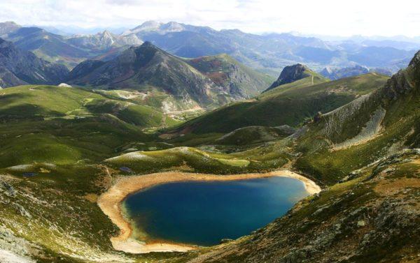 viajes-romanticos-espana-asturias