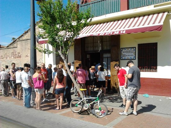 comer-bien-en-valencia-bodega-la-pascuala