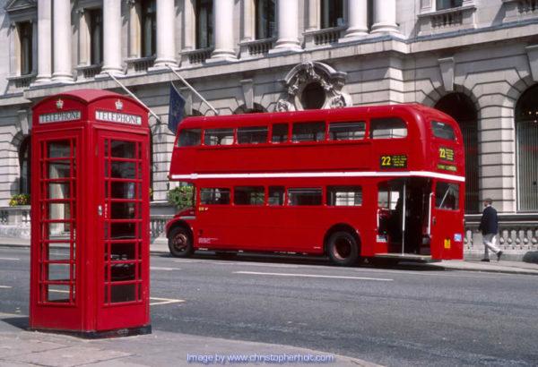 trabajar-en-londres-sin-visado-autobus