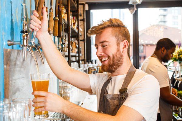 trabajar-en-londres-sin-visado-donde-encontrar-trabajo-cerveceria