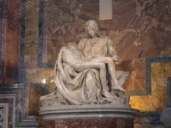 escultura-la-piedad-de-miguel-angel