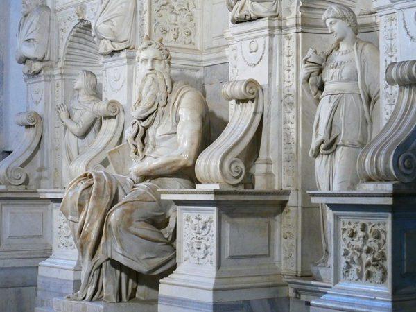 estatua-el-moises-de-miguel-angel-roma