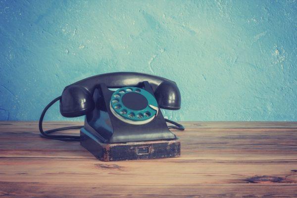 Como contestan al telefono en diferentes paises del mundo telefono viejo
