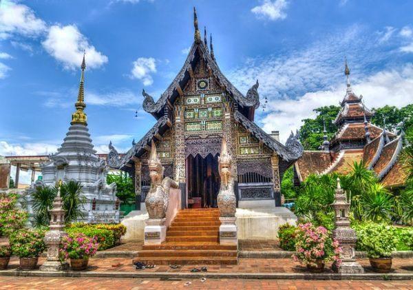 vacunas-que-necesitas-para-viajar-a-tailandia-templo