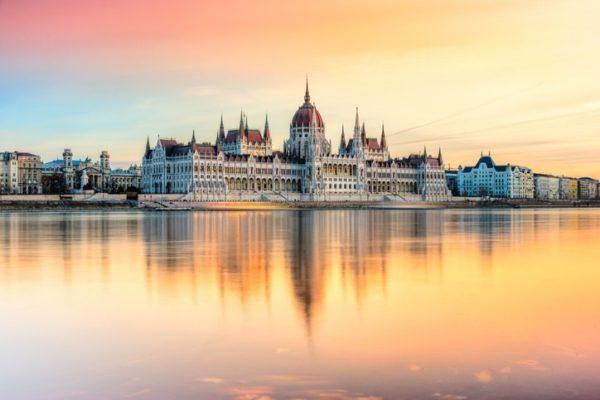 Destinos mas baratos de europa para viajar hungria capital budapest