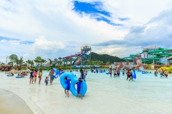 los-mejores-parques-acuaticos-del-mundo-pattaya-thailandia-istock