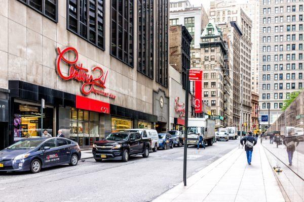 como-hacer-compras-baratas-en-nueva-york-istock6