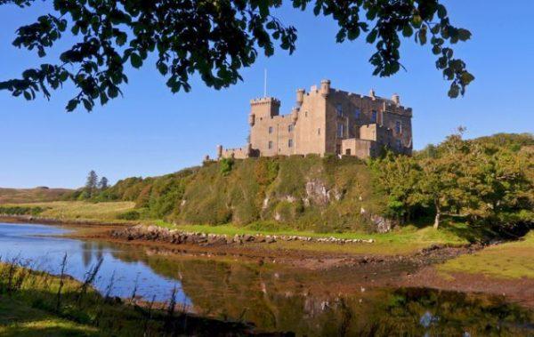 mejores-castillos-de-escocia-castillo-dunvegan-istock