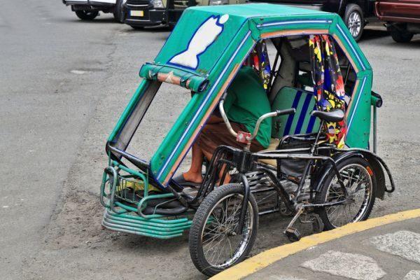 viajar-por-filipinas-que-tienes-que-saber-pedicab-istock
