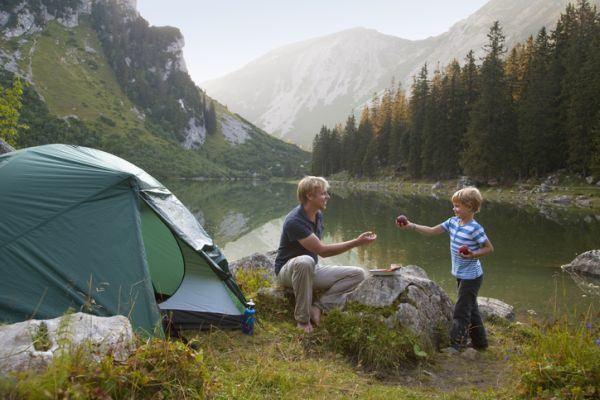 mejores-campings-para-ir-con-ninos-istock