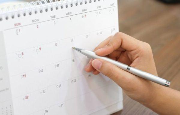 como-anular-mi-reserva-de-ave-booking-calendario-istock